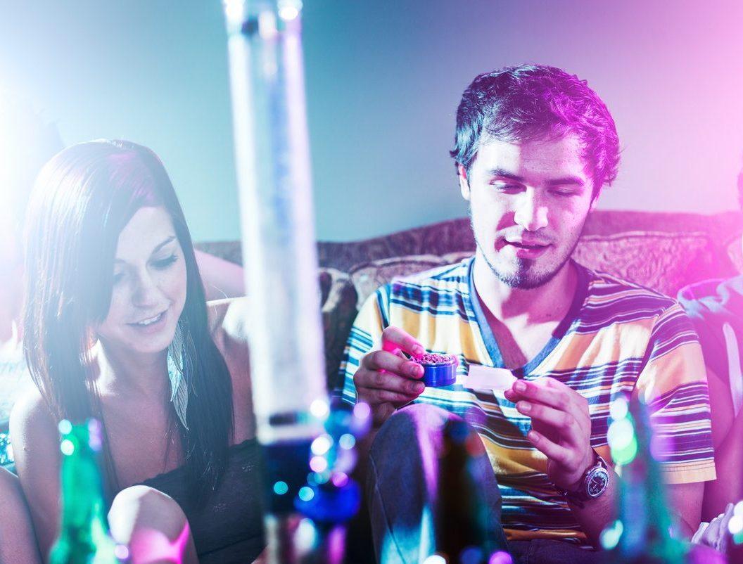 Cannabis : Un triomphe chez les jeunes - Wepsee