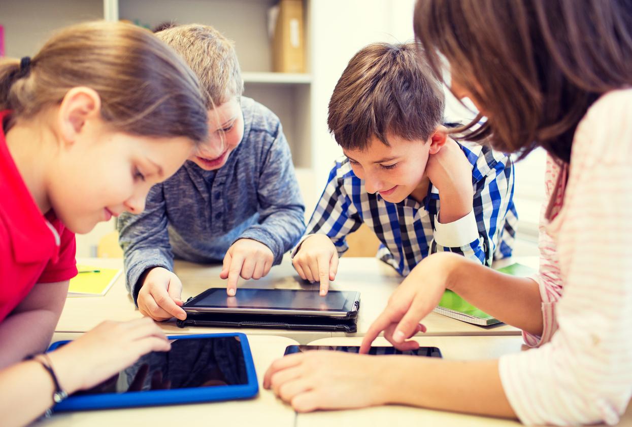 Les écrans et les apprentissages - Wepsee